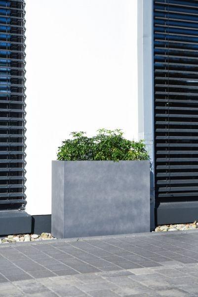 pflanzkuebel-raumteiler-sichtschutz-fiberzement-beton-grau-69x37x74-Anivia