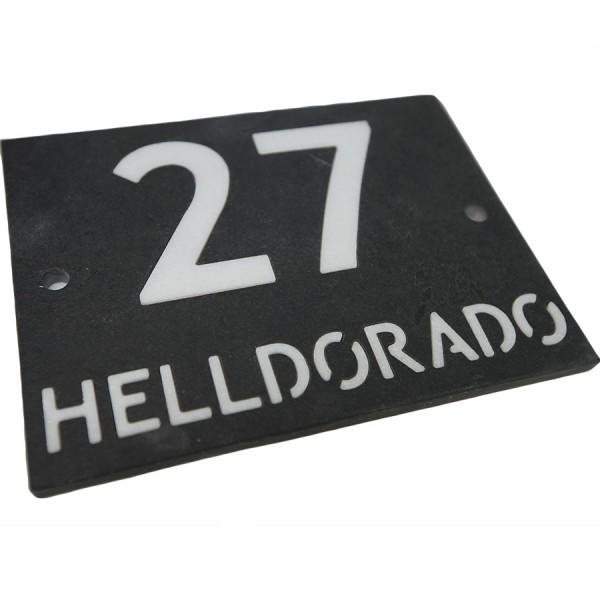Hausnummer aus Schiefer und Marmor